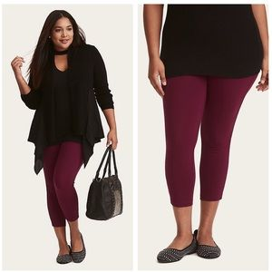 Torrid $60 NWT berry purple cropped pants size 2x